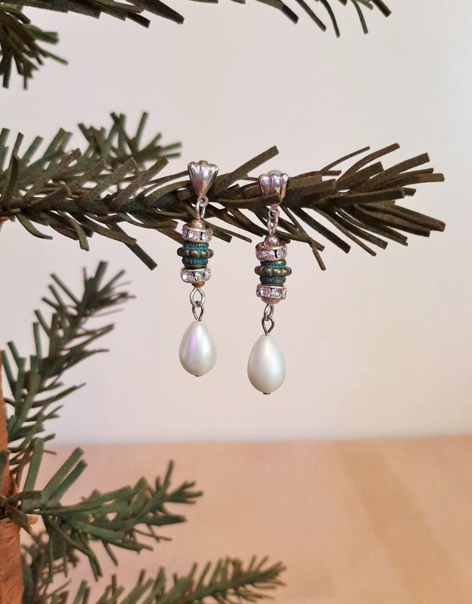 Faux Pearl Tear Drop Glitzy Earrings