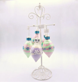 Tish's Bath & Suds Bath Powder Ornament