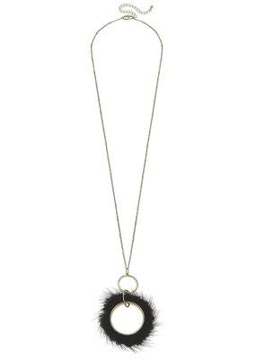 Margot Pendant Necklace Black