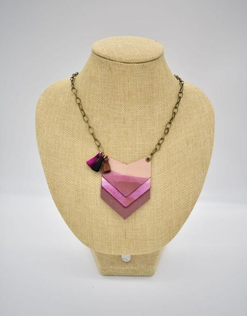 Dip Leather Stacked Arrow Necklace Garnet