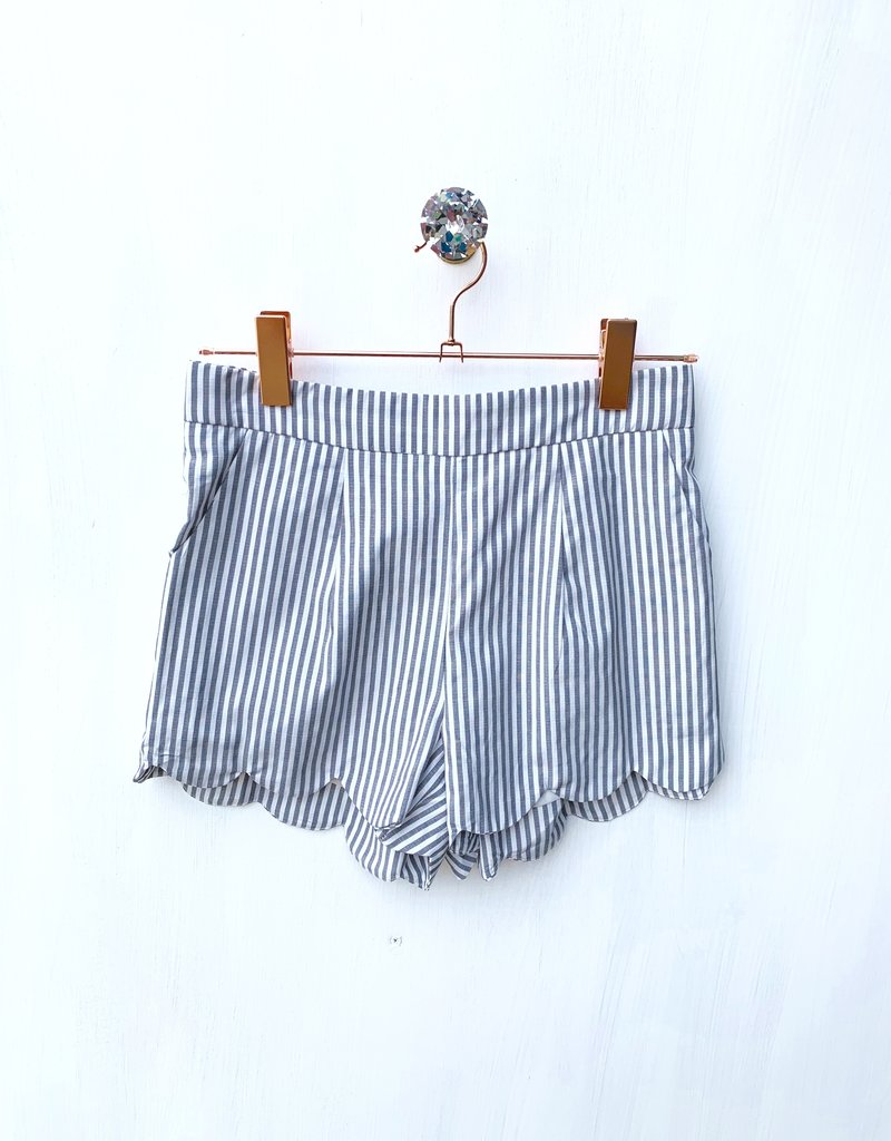 Grey Stripe Scallop Short