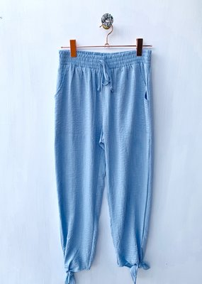 Hem and Thread Blue Knot Tie Hem Pant