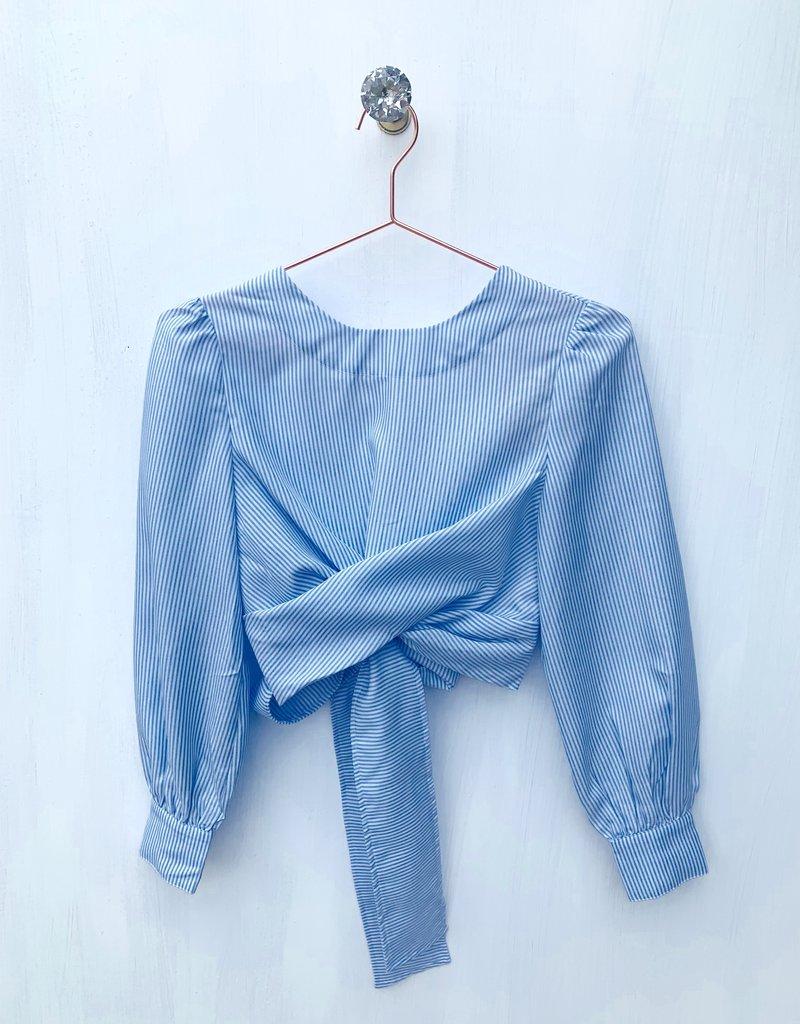 Wrap Blue sear sucker blouse