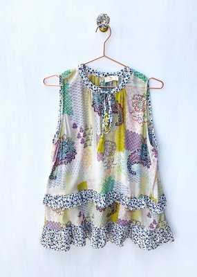 hummingbird Sleeveless printed top w/ruffles