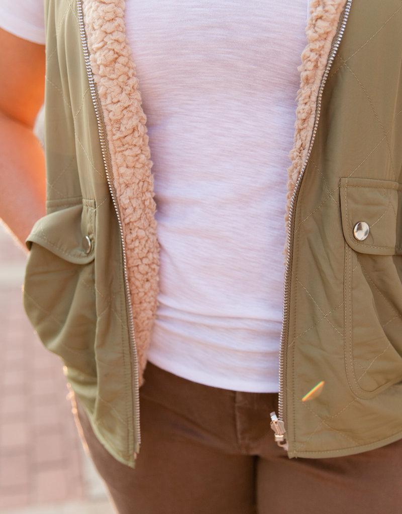 Entro Olive quilted vest medium
