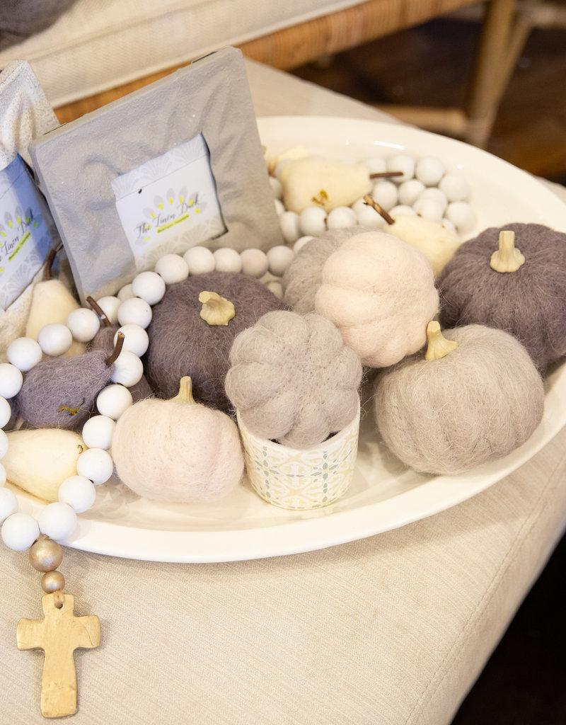 Creative co-op Round wool felt pumpkin