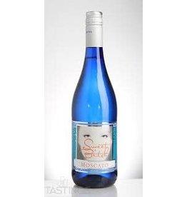 SWEET BITCH MOSCATO BLUE BOTTLE 750ML