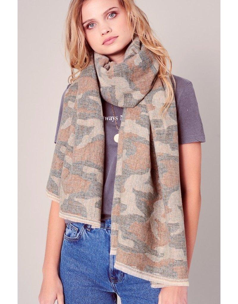 Avenue Zoe Camo Blanket Scarf