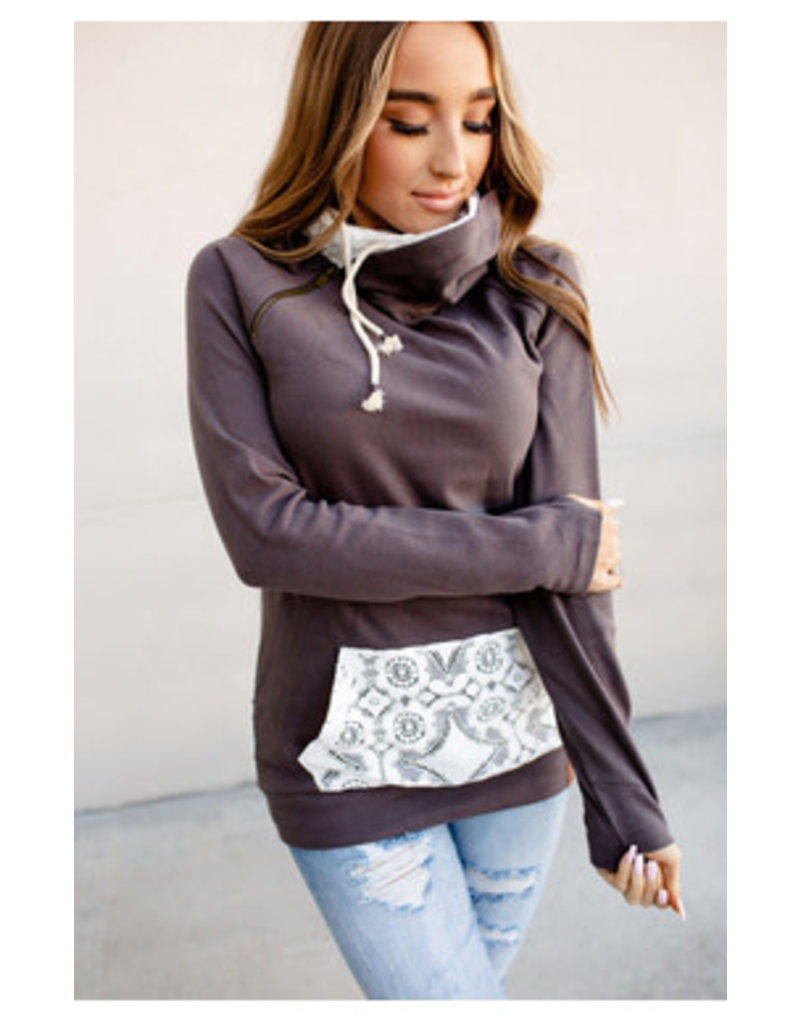 Ampersand Avenue Chantilly Lace