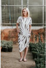 Mododoc Tie-Dye Midi Tee Shirt Dress