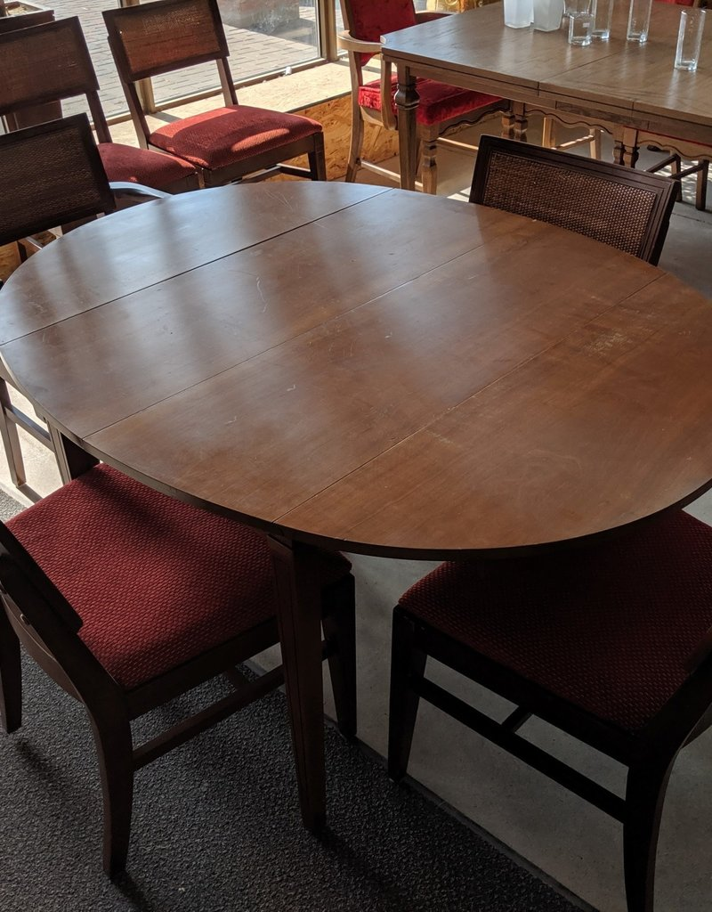 Newmarket Dining Table With Chairs