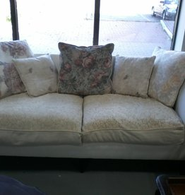 Markham East Store Sofa - off white cushions