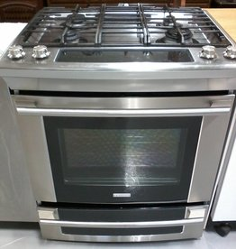 Markham East Store Electrolux Gas Stove
