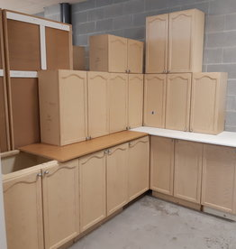 East York  Store Kitchen cabinets, set.