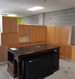 East York  Store Set of kitchen cabinets