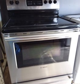 Etobicoke Store Oven range