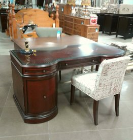 Woodbridge Store Luxury Desk