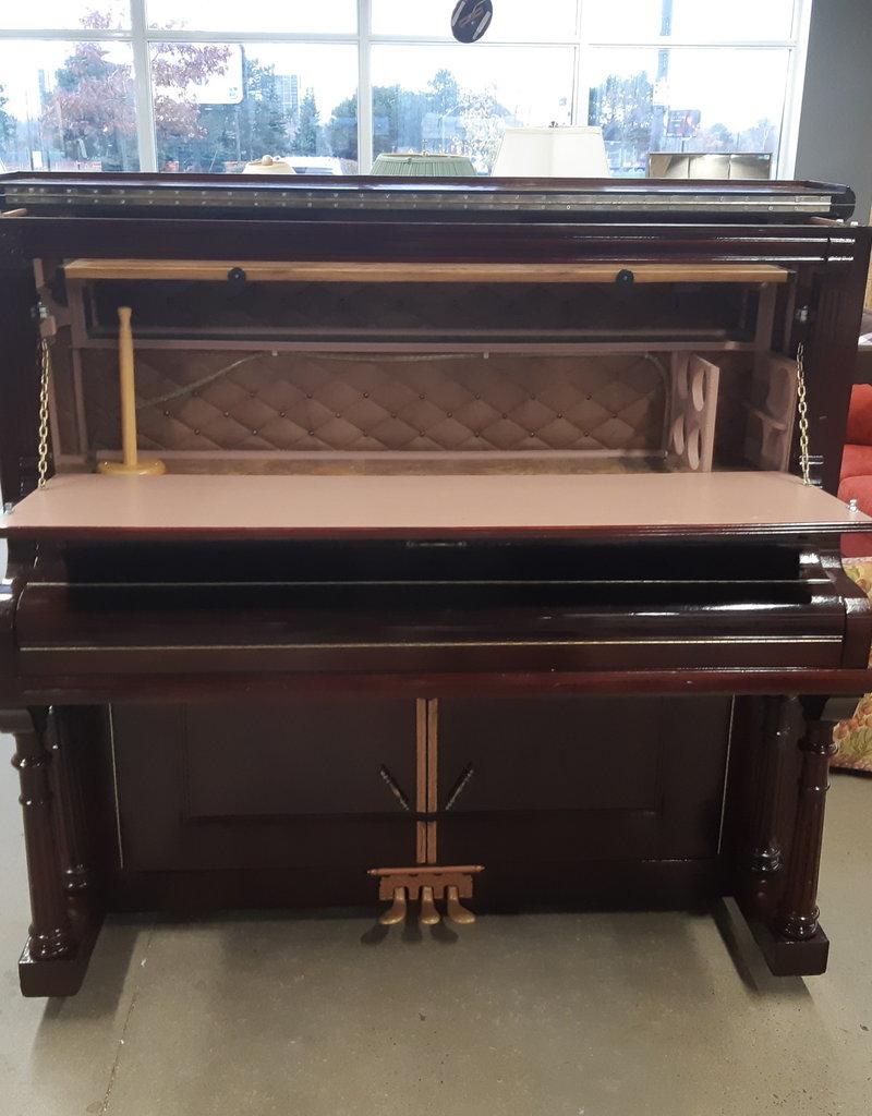 East York  Store Piano Bar