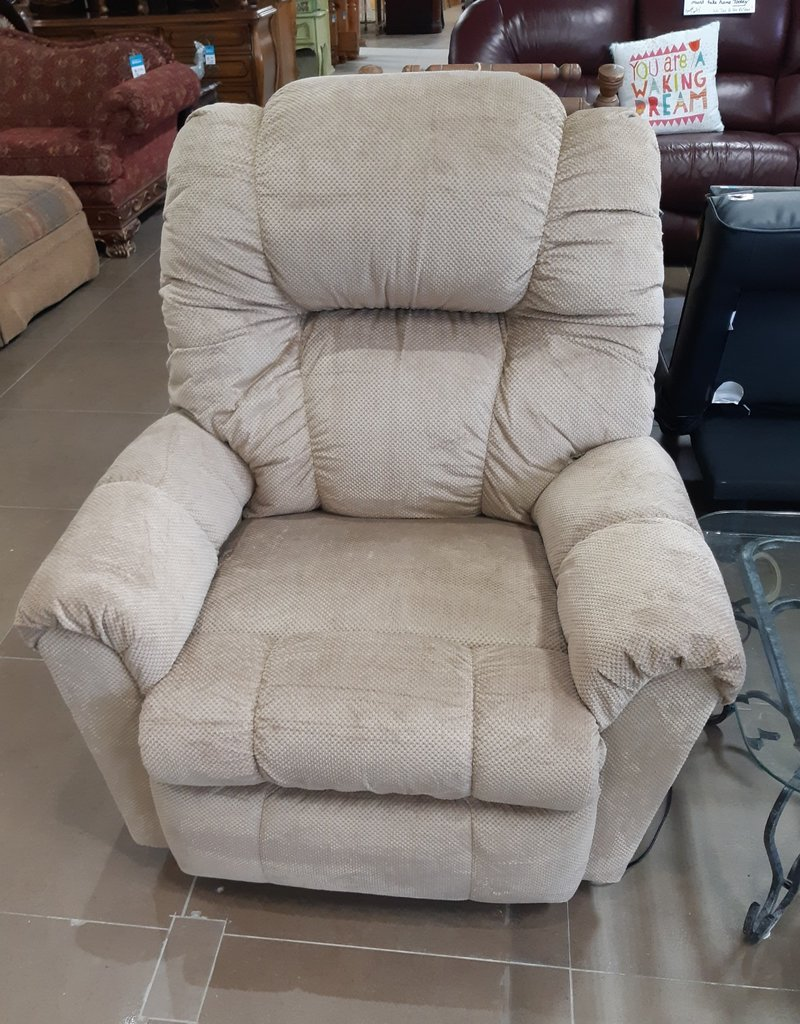 Woodbridge Store Power Rocker-Recliner