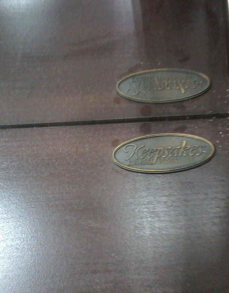 Markham East Store Pulaski Glass Curio Cabinet #20917