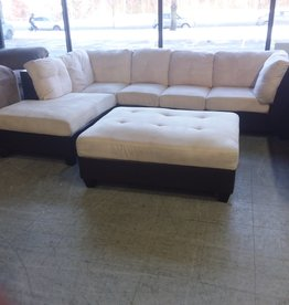 North York Store Sectional sofa