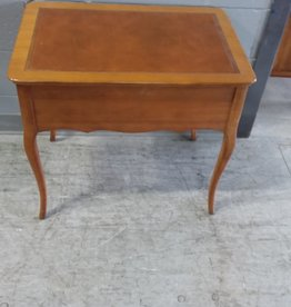 North York Store Side table