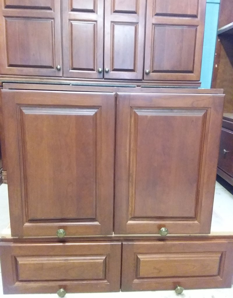 Etobicoke Store Brown Kitchen Set