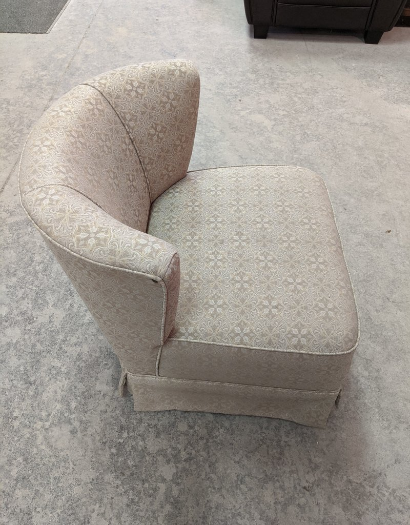 Newmarket Store Accent Chairs