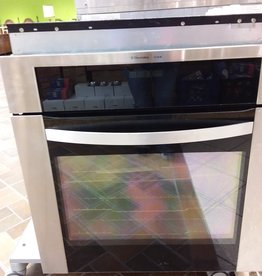 Vaughan Store ElectroLux ICON Wall Oven