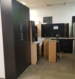 Scarborough Store Black Kitchen