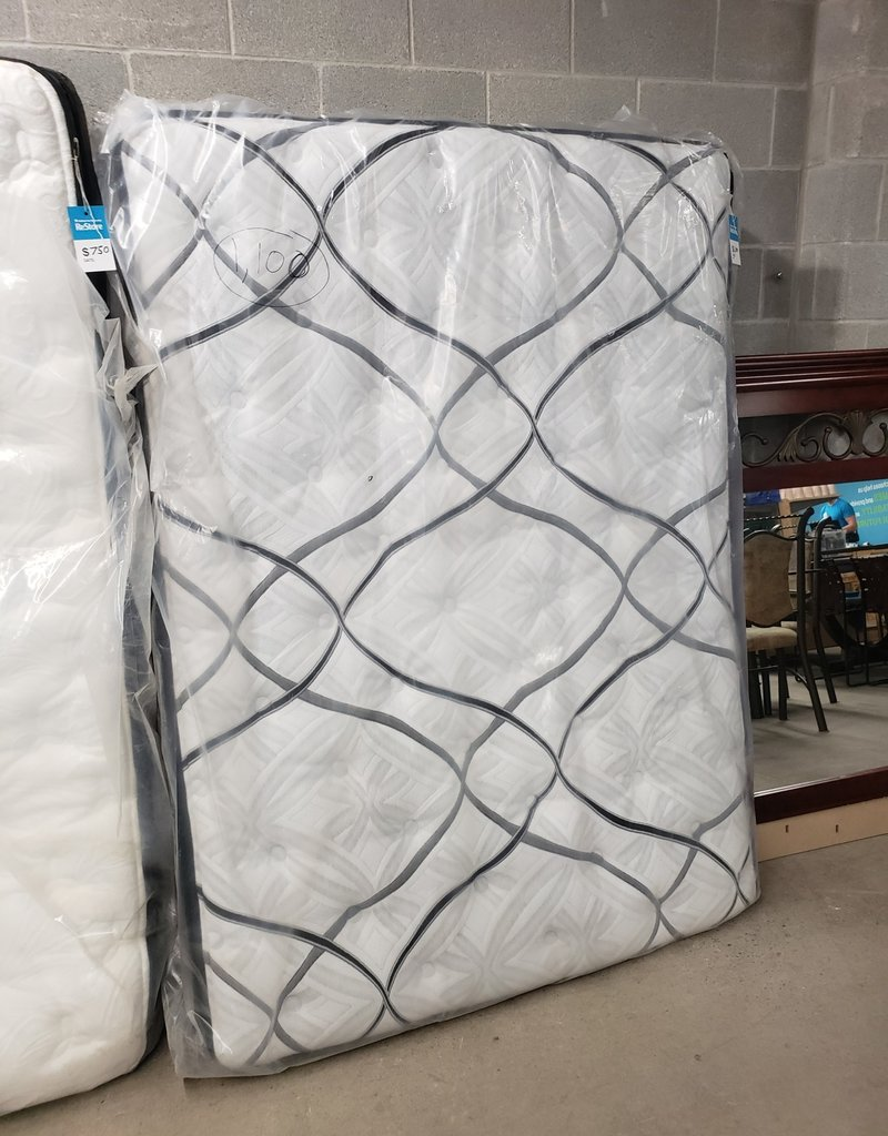 East York  Store Brand New Pillow Top Mattress
