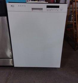 Studio District Store White LG Dishwasher
