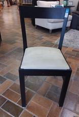 Vaughan Store Chair
