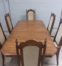 North York Store Dining set