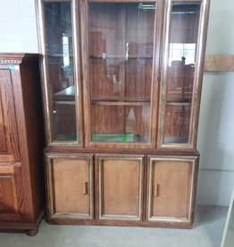 Markham West Store 2 Piece - Dining Room Hutch with Light