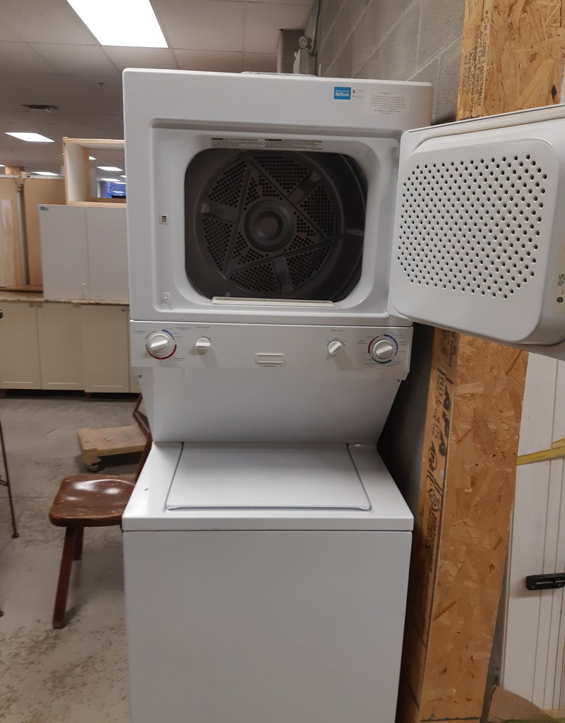 East York  Store Stackable washer dryer