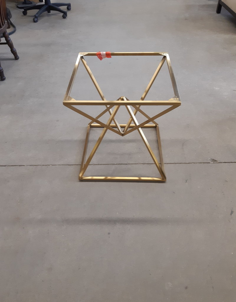 East York  Store Awesome  Table Base