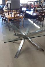 "East York  Store Elegant Dining Table, 48"" * 48""."