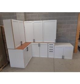East York 7 White Kitchen Cabinets