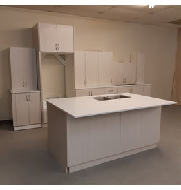 Vaughan Kitchen with Island