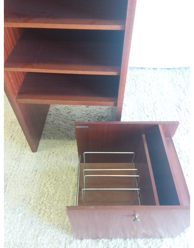 North York Musterring stereo shelf unit