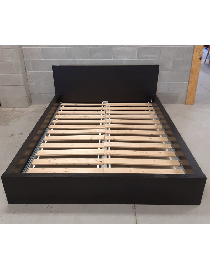 East York Queen Size Bed Frame in Black