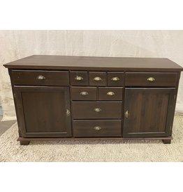 North York Dresser