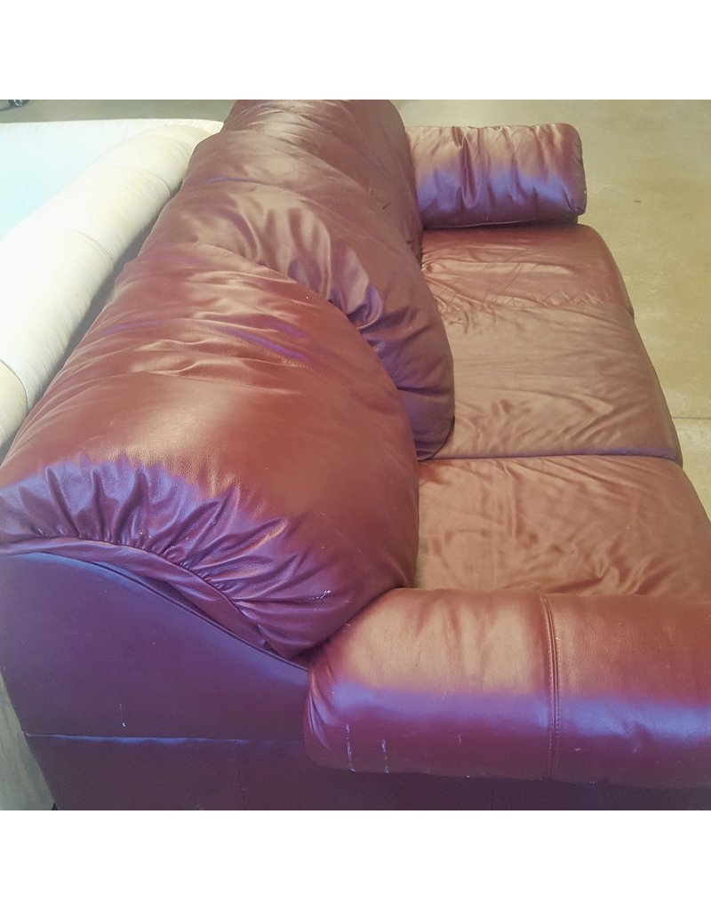 East York Dark red 3 seat sofa - faux leather