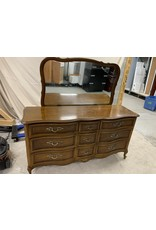 East York Chest of Drawers with Mirror