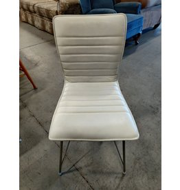 Markham West White Leather Chair