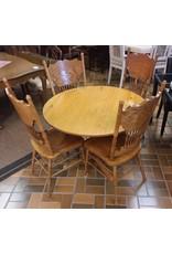 Vaughan Table Set