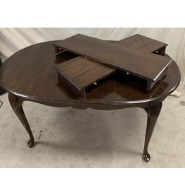 East York Dining Table with Leaves