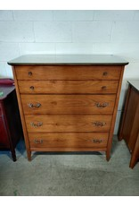 Markham West Wooden bedroom dresser