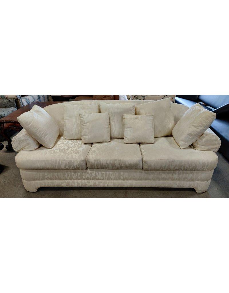 Markham West Vintage white 3 seat sofa